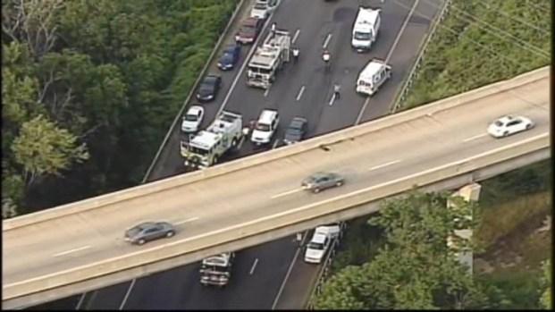 [DC] Raw Video: Fatal Crash Closes Part of Beltway