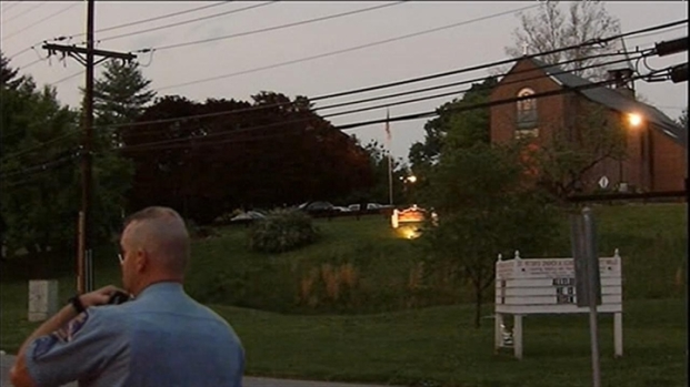 [DC] Two Shot in Ellicott City Church