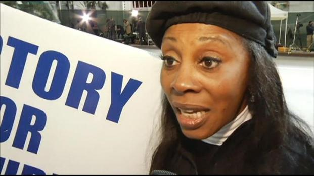 "[LA] Dr. Conrad Murray ""Confident,"" ""At Peace,"" Says Supporter"