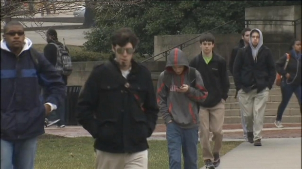 [DC] U.Md. Student Robbed at Gunpoint