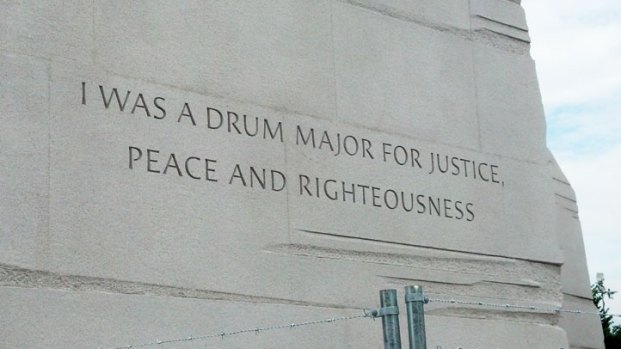 [DC] Crews Prep to Remove Quote From MLK Memorial