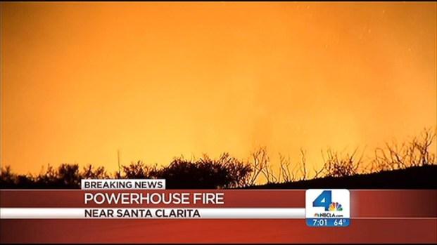 [LA] Powerhouse Fire Threatens 1,000 Homes