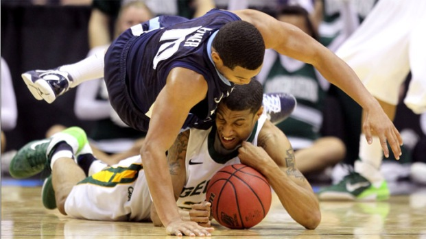 PHOTOS: Nova Falls Short Against George Mason