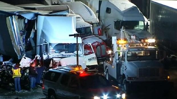 [CHI] Officials Attempt To Clear Massive I-94 Crash