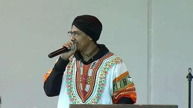 [DC] Nick Cannon Leads Graduation Ceremony at DC Jail