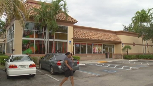 [MI] Robbers Strike Three Broward Fast Food Restaurants