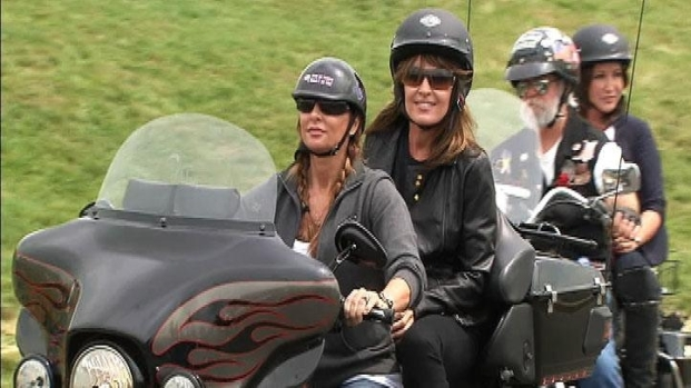 [DC] Raw Video: Palin Rides Motorcycle to Pentagon