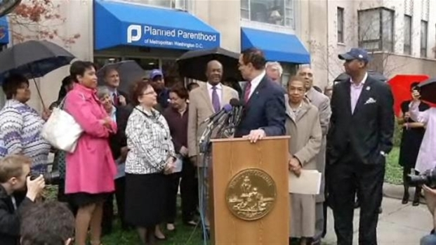 [DC] D.C. Mayor Calls For More Budget Protests