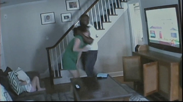 [NY] Nanny Cam Shows Man Attack Mom in Front of 3-Year-Old Girl