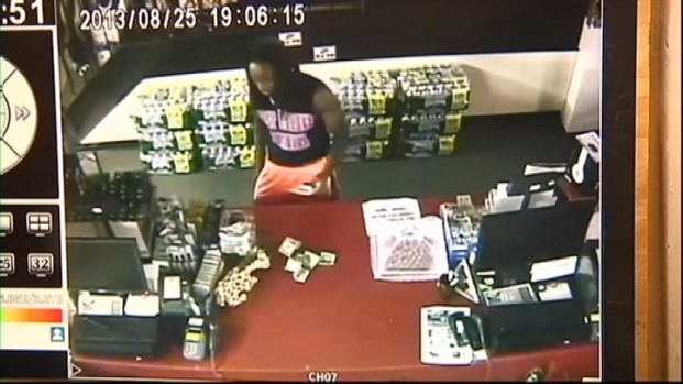 [NATL-NY] Store Camera Catches NJ Teens in Act of Honesty
