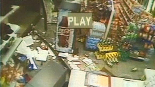 [NATL DC]  RAW VIDEO: Men Ram Truck Into Store, Steal ATM