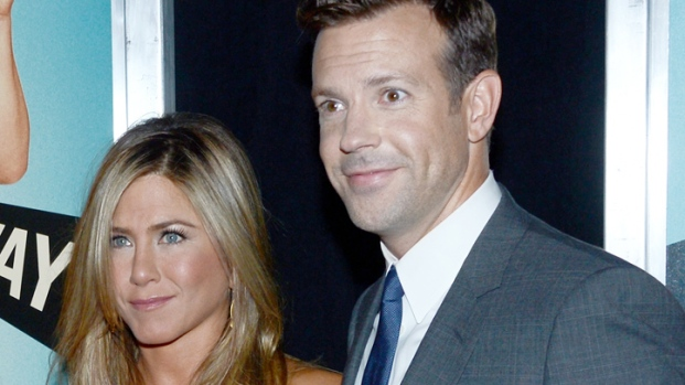 """[NY] Jennifer Aniston, Jason Sudeikis Show off Chemistry in """"We're the Millers"""""""