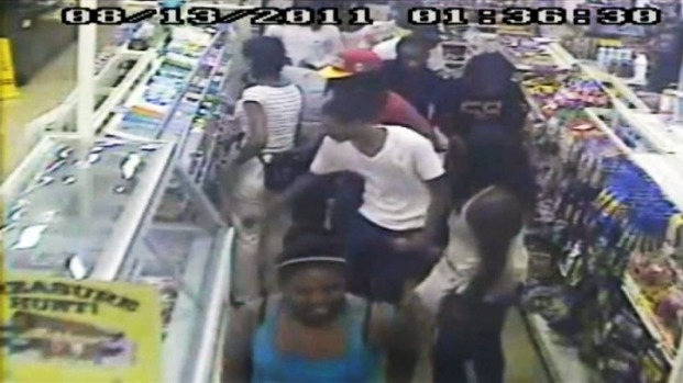 [DC] Flash Mob Robbery