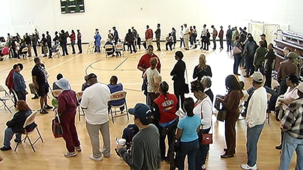 [DC] Early Voting Resumes With Robust Crowds