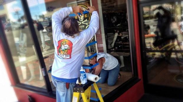 [LA] Bike Shop Repairs Window After Vandalism