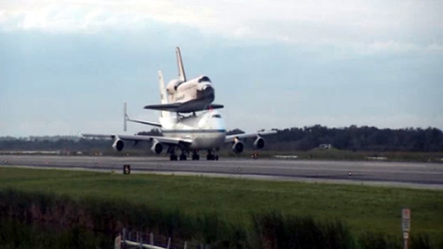 [LA] Raw Video: Endeavour's Space Coast Flyover