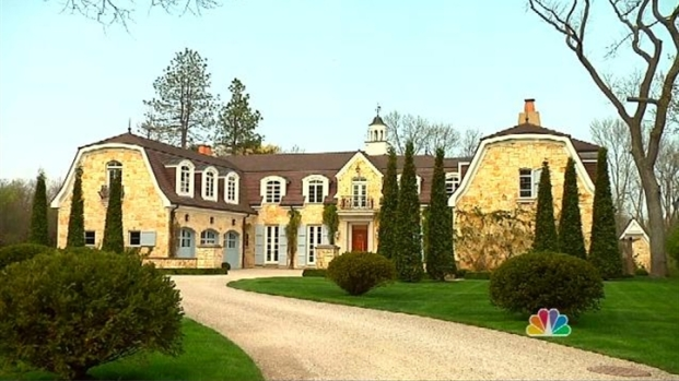 [LXTVN] Square Feet: Tour a Magnificent French Provincial Estate