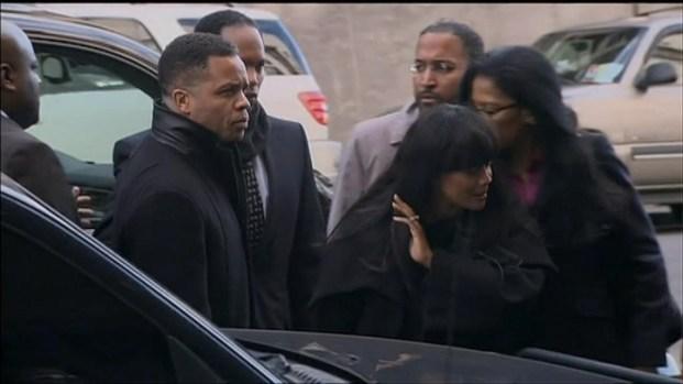 [CHI] Jesse Jackson Jr., Sandi Jackson Arrive For Court