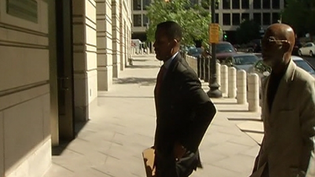 [DC] Raw Video: Kwame Brown Arrives at Federal Court