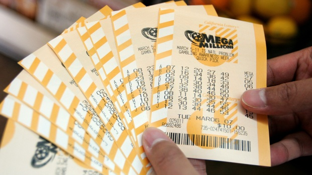 [NATL] Lottery Frenzy: Jackpot Tops $1 Billion