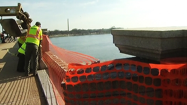 [DC] Crew Blocks 28-Foot Hole After Car Crashes Through Memorial Bridge Barrier