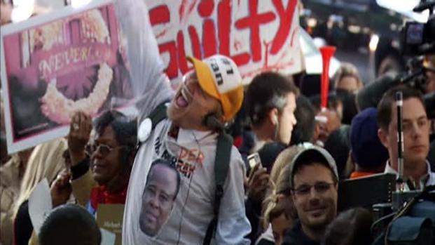 [LA] Crowd Goes Wild for Murray Verdict