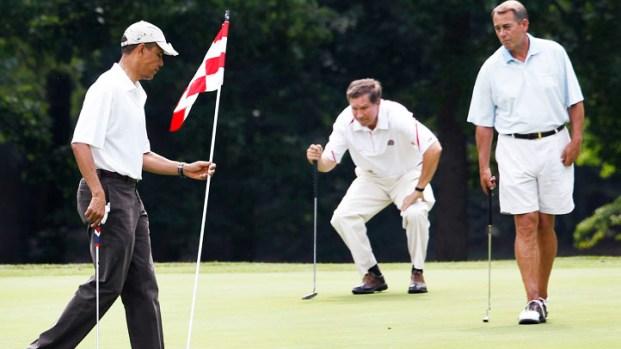 [DC] Raw Video: President Obama Misses Long Putt vs. Boehner