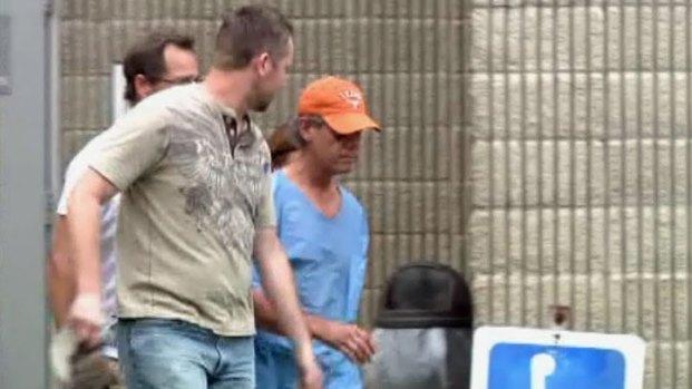 [DFW] Randy Travis Leaves Grayson County Jail