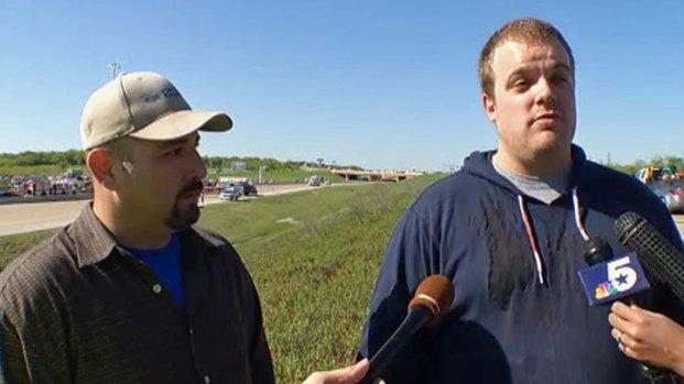 [DFW] First Men on the Scene Describe Irving Bus Crash