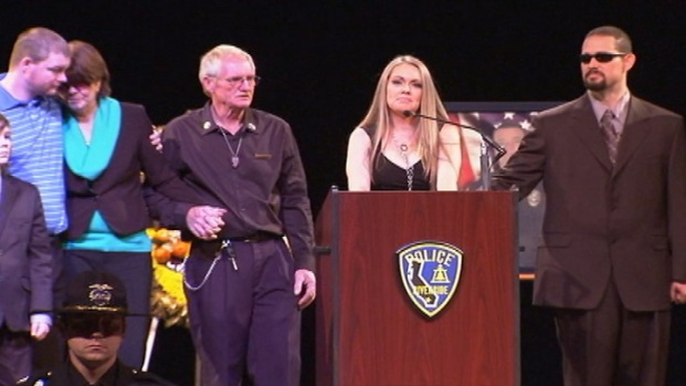 "[LA] Slain Officer's Widow: Life ""Seemed Like a Dream"""