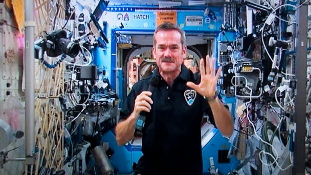 [HAR] Students Chat With Space Station Astronauts