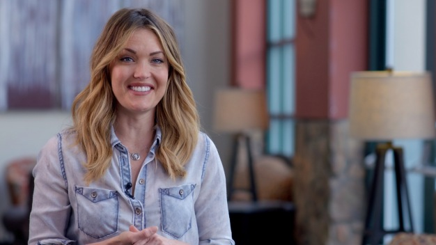 Snowboarding Uphill With the Real Life Wonder Woman, Amy Purdy