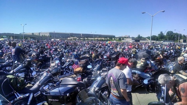 Rolling Thunder Rides Into DC Memorial Day Weekend
