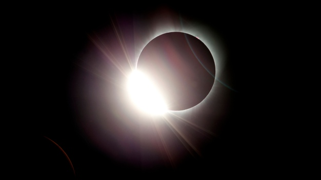 Blocked: NASA Moon, Sun Accounts Squabble on Eclipse Day