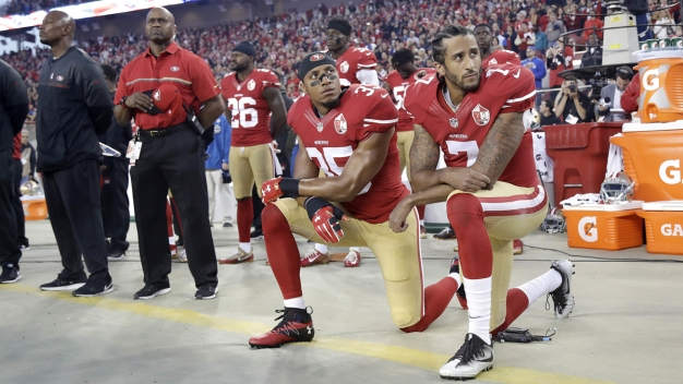 NFL: Players Must Stand for Anthem or Stay Off Field