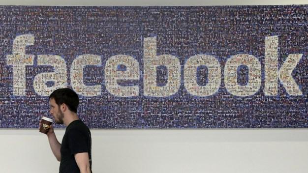 UK Parliament Asks Zuckerberg to Testify in Data Misuse Case