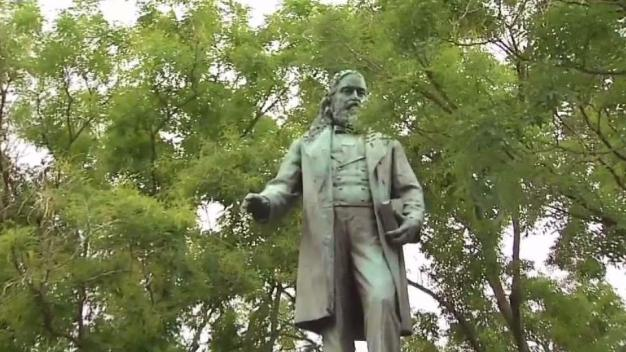 DC Statue of Confederate General Vandalized During Protest