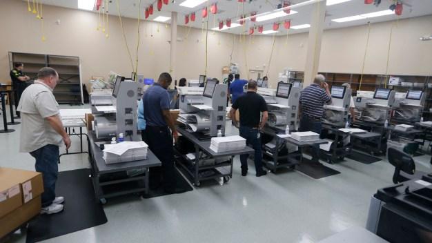 Florida Election Recount Continues Amid Tensions, Litigation