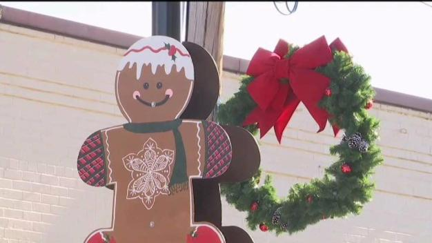 Hand-Crafted Ornaments Decorate Virginia Town