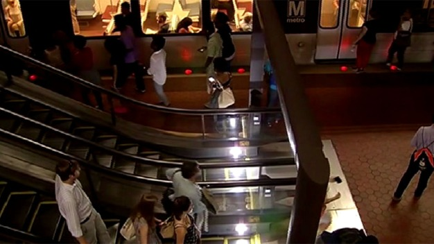 Group Protests Metro's Plan to End Late-Night Service