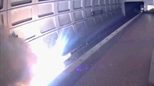 Metro Service Restored After Fire Closes 2 Stations