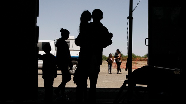 Far From Border, US Cities Feel Effect of Migrant Releases