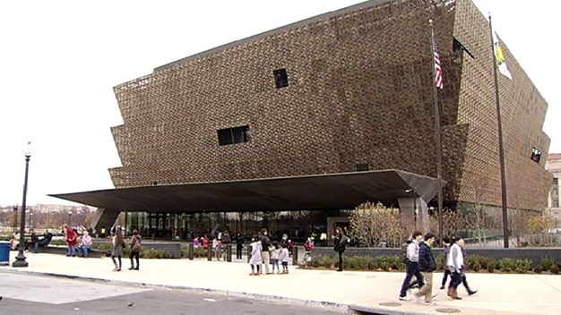 African American Museum Welcomes Thanksgiving Visitors