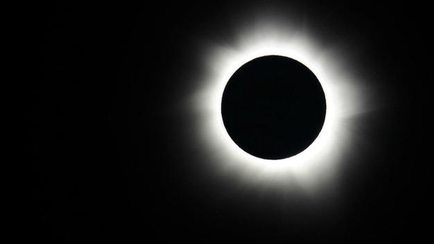 NBC4 is Bringing the Total Solar Eclipse to You