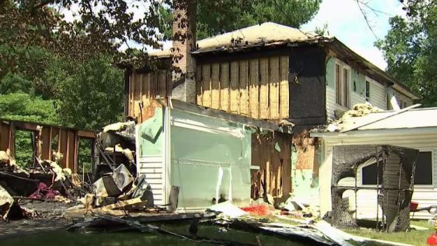 'Very Blessed': Couple Goes on With Wedding After House Fire