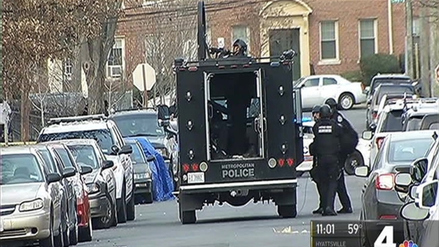 Man Surrenders After Barricading Himself Inside DC Apartment
