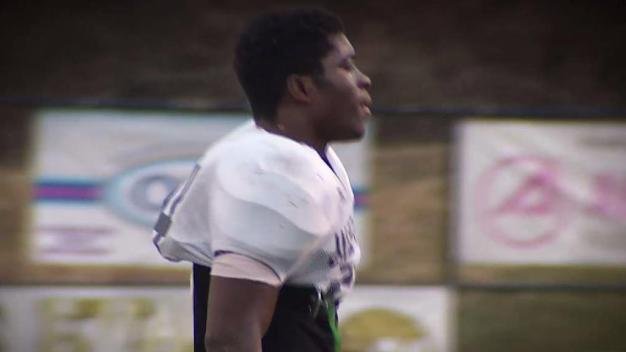 Running Back Plays for State Title in Memory of Slain Cousin