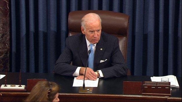 Dem, GOP Senators Pay Tribute to Biden