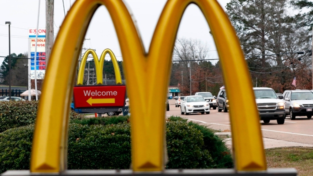 436 Confirmed Sick After Eating McDonald's Salad