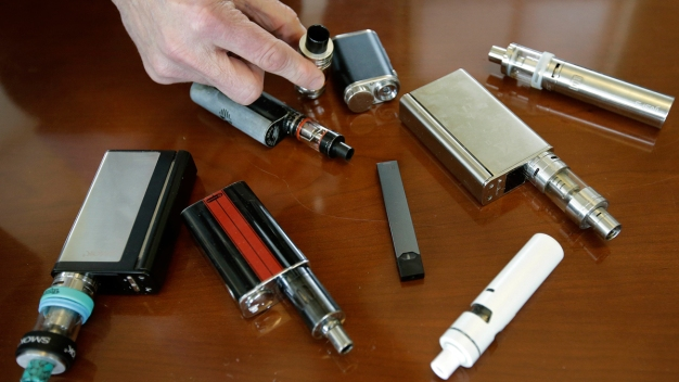 FDA Plans Limits on Sale of Flavored E-Cigarettes: Report